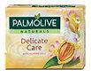 Palmolive Naturals Feste Seife Delicate Care Mandelmilch